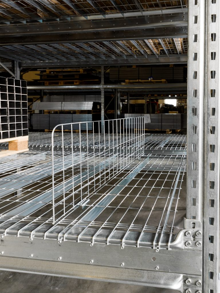 Gitterroste, Gittertrennsteg, Betriebseinrichtung, Gitterfachboeden