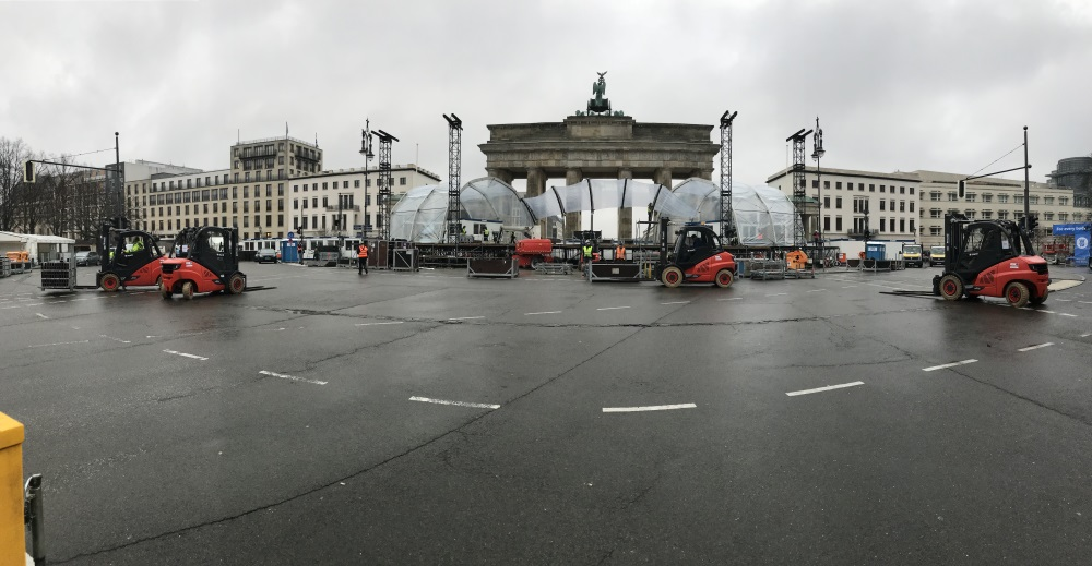 Trafoe Miet-Stapler; Aufbau Silvestermeile Brandenburger Tor