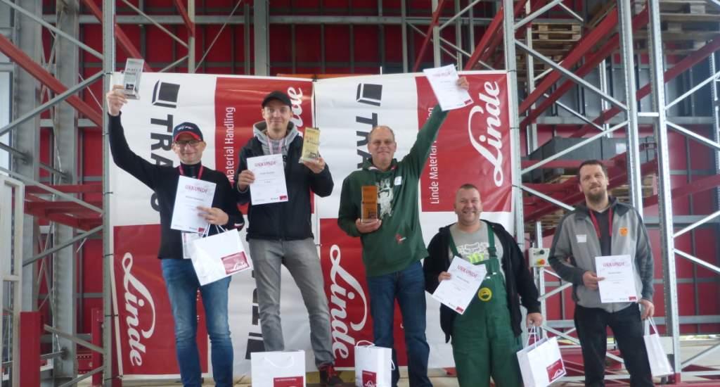 Sieger der Regionalmeisterschaften im Staplerfahren in Wustermark 2021
